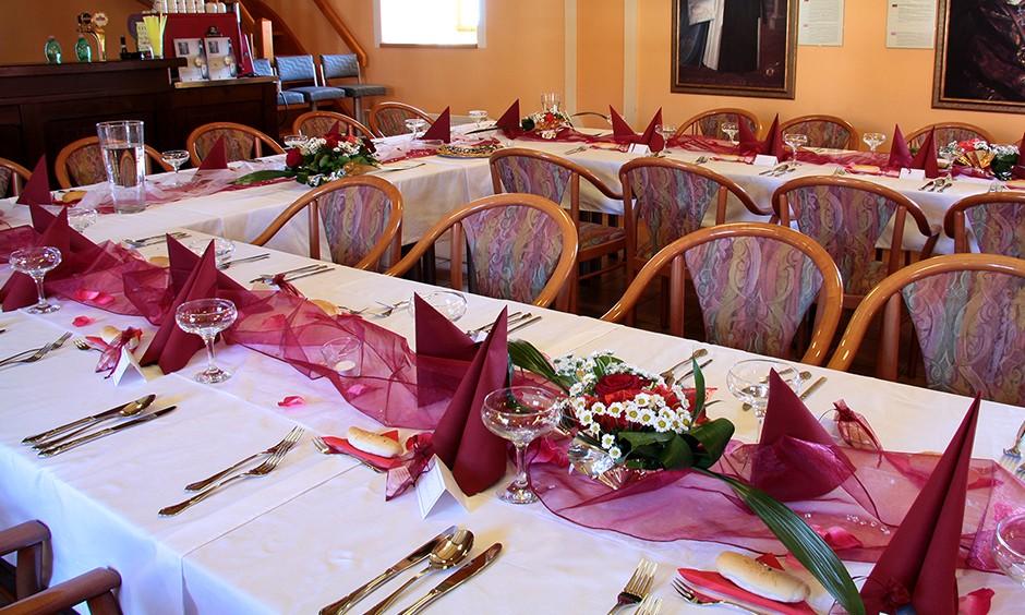Svatební tabule Tyttl sál